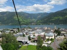 Tågsemester till Zell am See vandring på sommaren och skidåkning på vintern