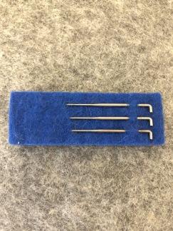 Tovningsnålar i 3 storlekar 20-45 kr - 2 stora 1 medium nålar