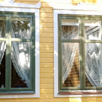 Renoverade fönster i Mästerby