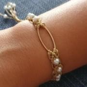 Βραχιόλι χρυσό χρωμά μέταλο και πέρλες- Bracelet gold colored and pearls