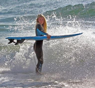 Emilia Lindholm, rädda ett ödehus, Surf