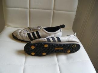 Adidas fotboll skor st 39,5