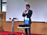Där entreprenörandan är som störst, tex i Gnosjö och Borås, är det lättare att ställa om och möta verkligheten.