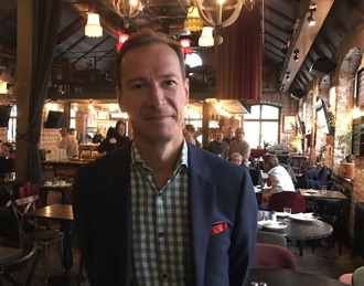 John Lindell, finanschef hos Sundbybergs Stadshus AB, framhöll inledningsvis att berörda stadsdelar inte fått den utveckling som skett i centrum.