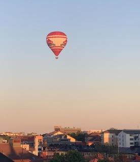 Glest mellan ballongerna nuförtiden