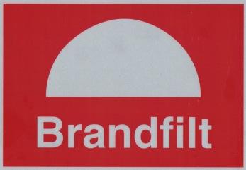 Skylt Brandfilt - 148 x 210 mm i aluminium