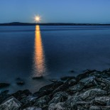 Måne över Kinnekulle