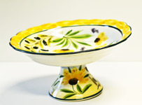 Lena Linderholm keramik Blommor Fat på fot