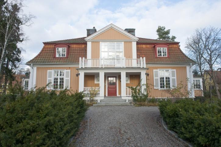 Villa Roop - Vendevägen 42 i Djursholm.  F.d. Parkvägen 36. Villan ritad av Rudolf Emblom 1915.