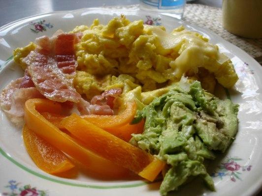 God och ofarlig frukost:-)