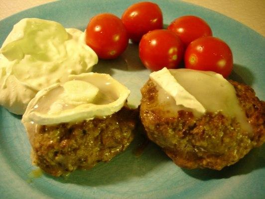Chevrégratinerade köttfärsbiffar