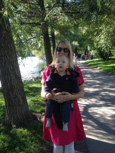 Barnvagnspromenader i solen är trevligt men det är inte träning....:)