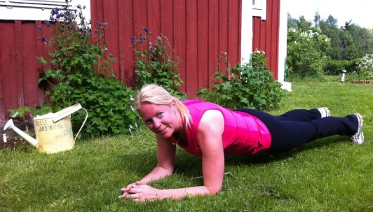 """Lite """"plankan-träning"""" efter en springtur i naturen..."""
