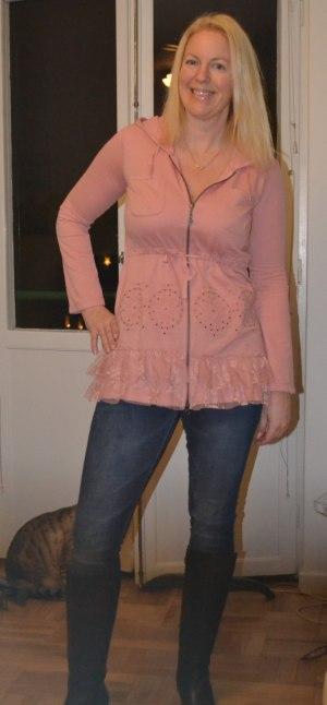 Sparade 500 kr på Odd Molly-tröjjan och 350 kr på stövlarna:-)! Skinnstövlar under 1000-lappen tycker jag är bra!