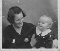 Vikt och skrynklig bild från 1936 innan korr