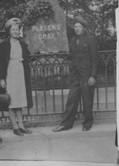 Blekt bild från 1942