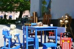 Renoverade barnmöbler är en av Mostrarnas specialiteter