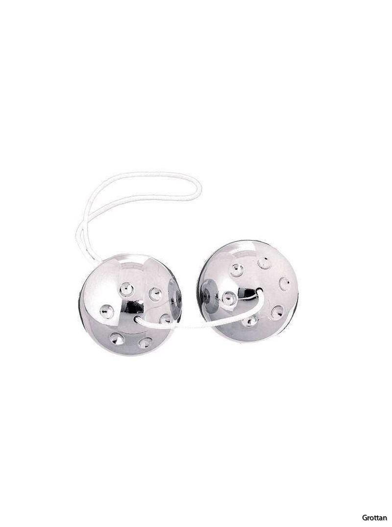 silver-metal-balls