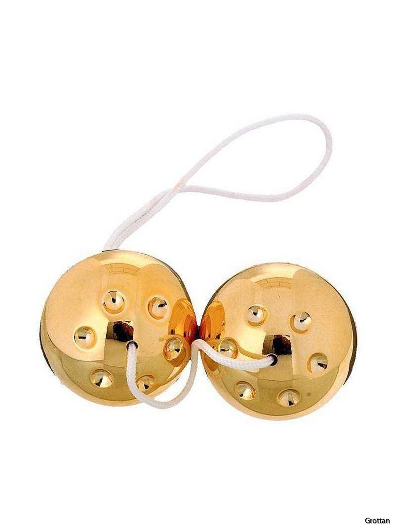gold-metal-balls