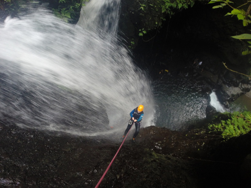 Jag ute på canyoning, GitGit Waterfalls, Bali