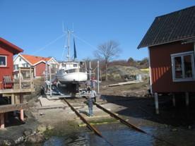 Första båten på nya slipen