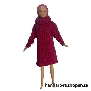 Stickad klänning barbie