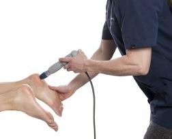 Stötvågsbehandling. Ett kompletterande och beprövat startskott på din behandling mot exempelvis hälsporre