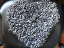 Stolsdyna hjärtformad mörkgrå