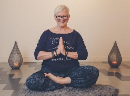 GravidYoga - kurser i yoga för gravida  hos LillYoga & Massage i Tvååker mellan Varberg & Falkenberg