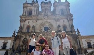 Utanför klostret i Alcobaca