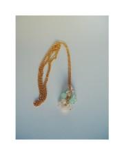 Halsband med tre olika halvädelstenar - Halsband
