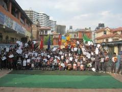 Gruppbild på alla stipendiater: Foto: Asphodel Public school