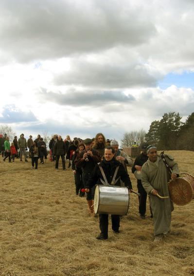 Procession till blotplatsen i Gamla Uppsala