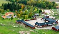 Flygbild:  AGERSTA - Uppsala´s kompletta ridcenter!
