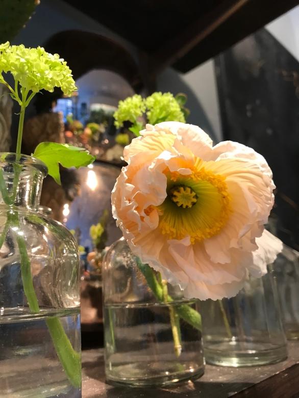 blomsteraffär karlavägen stockholm
