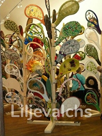 """Utställning hos Liljevalchs """"Ser du löven för alla träd."""""""