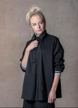 REA Ajlajk Oversize skjorta svart - Strl M