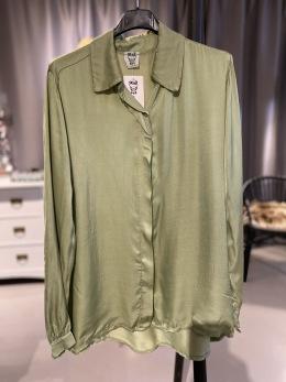 Stail_se blus i vårgrönt - Onesize grön