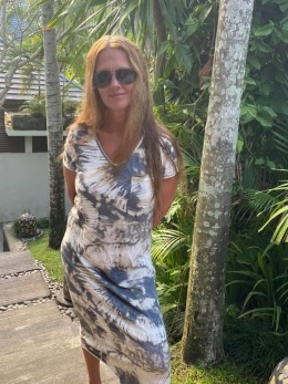 Stail_se maxiklänning beige batik - Onesize beige batik