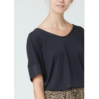 Isay Uli t-shirt marin - Strl M