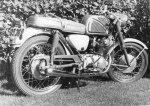 """Min första """"riktiga"""" mc. Honda CB305"""