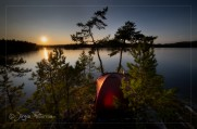 Solnedgång över Katthäll-Camp.