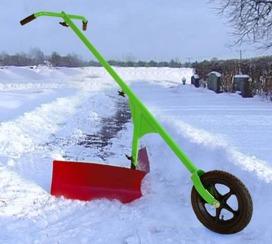 Schneepflug radhacke schnee