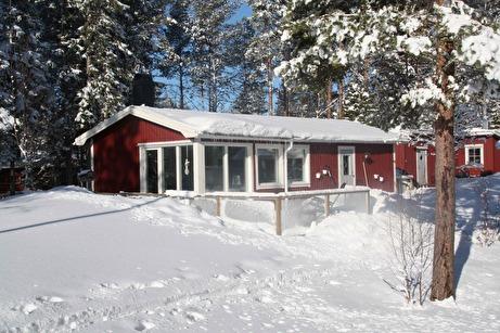 Färdigt bygge i vinterskrud
