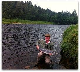 Chris Coltart returning a nice summer salmon