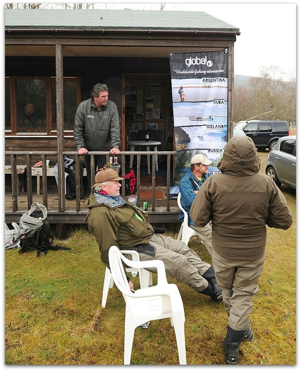 Global Worldwide Fishing Adventure in River Dee Photo Thomas Thore