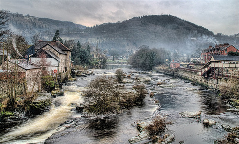 Llangollen Train Station and the River Dee