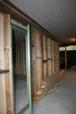 Dörren står på glänt till Lammstallet! Klicka på bilden för att se den i större format!