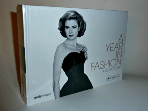 A YEAR IN FASHION: A LOOK A DAY -