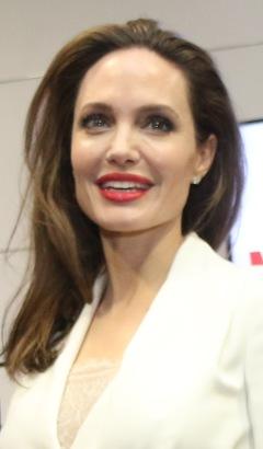 Rektangulär - Angelina Jolie.